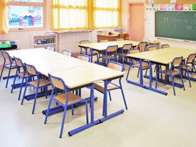 Tables-chaises-scolaires-4