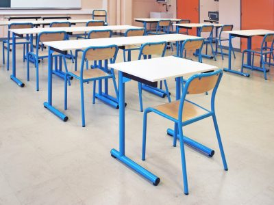Tables-chaises-scolaires-6