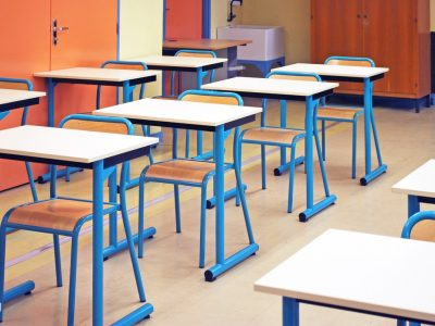 Tables-chaises-scolaires-7