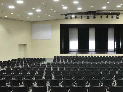 chaise-salle-de-conference-FR_10201611
